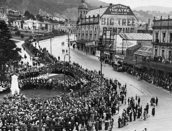 A memorial service held in 1928 at the temporary Cenotaph on Anzac Corner at the bottom of Molesworth Street.