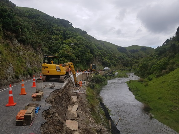 Contractors carrying out flood-proofing treatment at Takarau Gorge.
