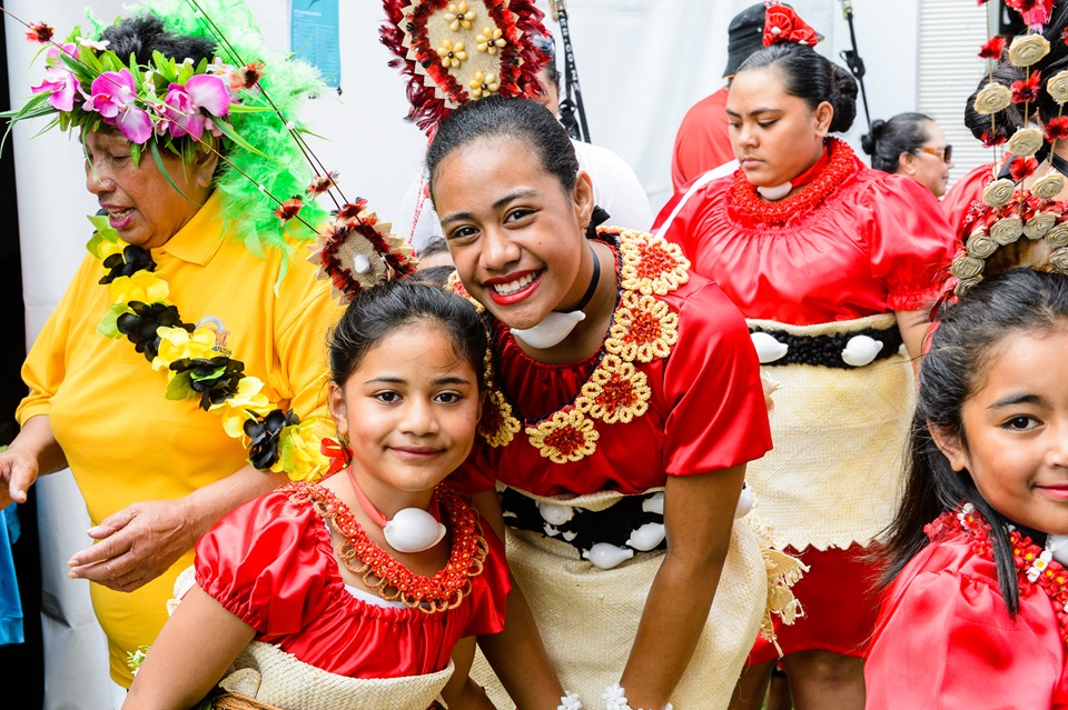 Image of entertainers at Pasifika event