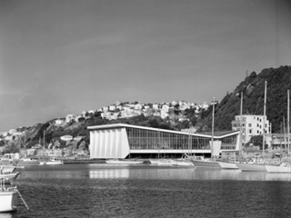 Freyberg Pool and the boat harbour circa 1960s. Photo by Duncan Winder.