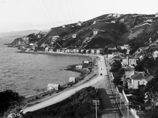 Looking east from Oriental Terrace, towards Point Jerningham. Photo by Mr Rowe circa 1895.