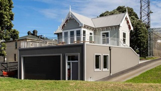 The groundsman's cottage at the Basin Reserve.