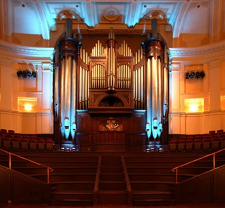 Wellington Town Hall organ.